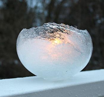 Willowday ice lanterns