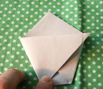 Alphabet Glue paper pots tutorial 4