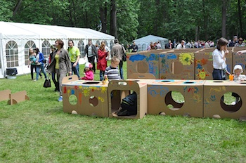 Play And Grow cardboard box playground 2