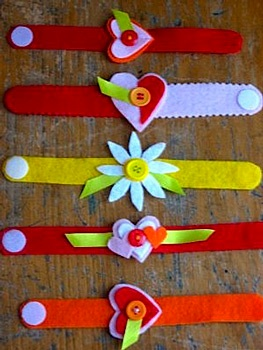 Plum Pudding valentine craft valentine bracelets