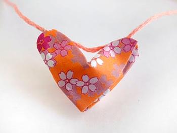 Zakka Life origami lucky hearts