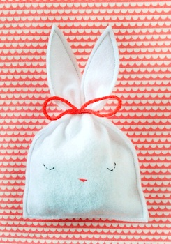 Mer Mag easter bunny treat bag diy