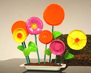 Mum Paints Lives recycled flower garden