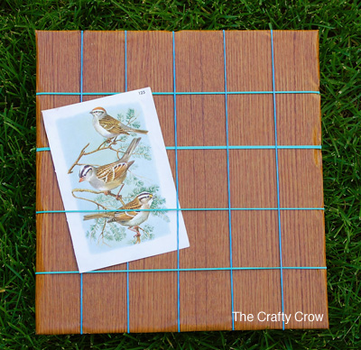 The-Crafty-Crow-rubber-band-bulletin-board