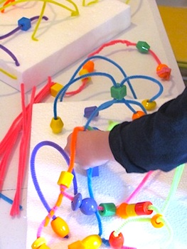 Teach Preschool pipecleaner bead maze