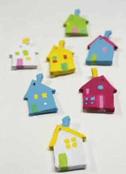 Pinta La Lluna clay houses