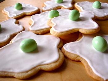 My Paper Crane green eggs cookies