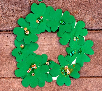 Andiland four leaf clover wreath