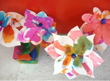 Small Hands Big Art paper craft paper flowers