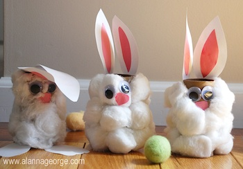 The Craft Nest toilet paper roll craft bunnies