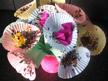 Pre-school Play cupcake liner mother's day flowers