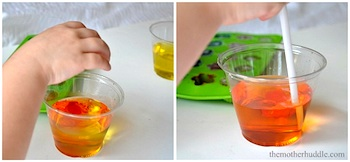 The Mother Huddle mixing colors with ice cubes