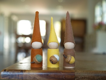 The Magic Onions autumn gnomes wood peg dolls