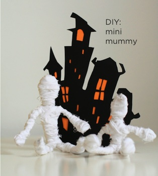 Classic Play mini mummy craft