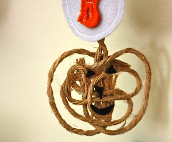 Buzzmills twine pumpkin craft