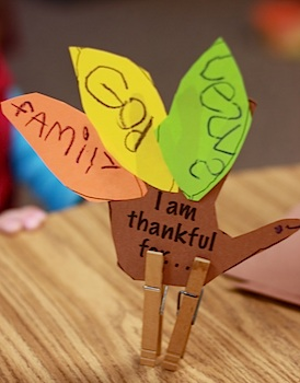 thankful clothespin turkey craft
