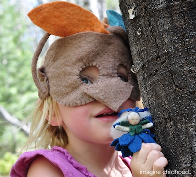 Imagine Childhood bird mask