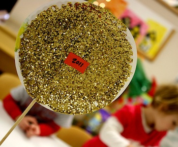 glitter new year's ball preschool craft
