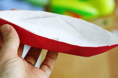 How to make a canoe out of paper