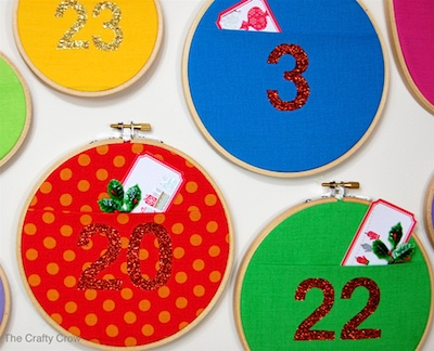 The Crafty Crow wall pocket advent calendar diy tutorial