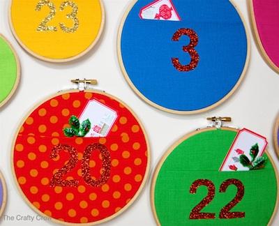 The Crafty Crow wall pocket advent calendar diy tutorial