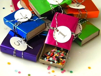 new year's countdown and confetti party favors