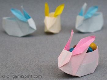 Origami Spirit origami bunny box
