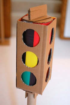 cardboard craft traffic light