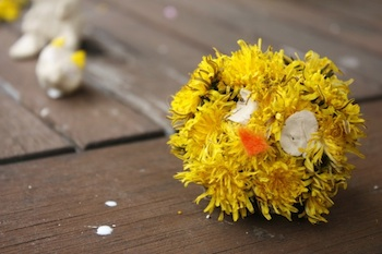 dandelion and pine cone craft chick