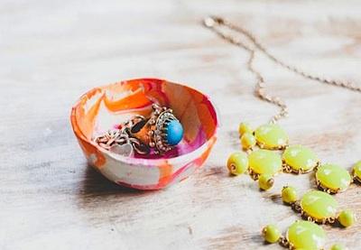 marbled mini clay bowls diy
