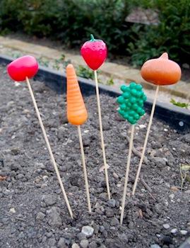 Little Green Fingers child friendly garden markers