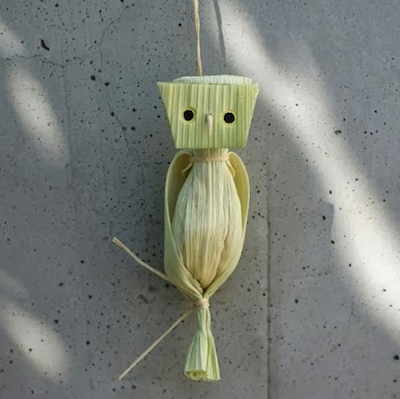 corn husk craft owl