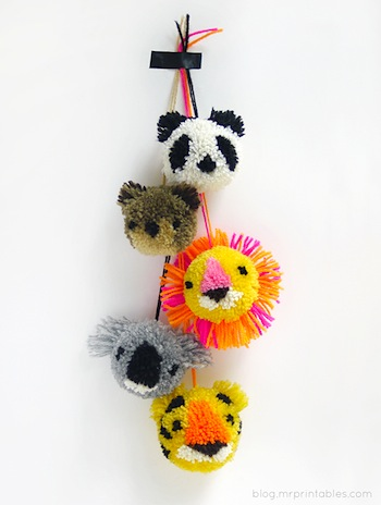 animal pompoms tutorial
