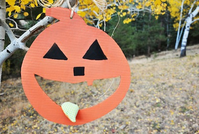 pumpkin bean bag toss Halloween party game idea