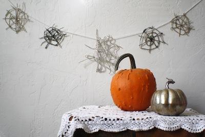 glittery yarn spider web garland halloween