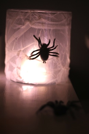easy spider lights halloween decorations