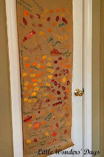 Little Wonders' Days thankful craft scroll