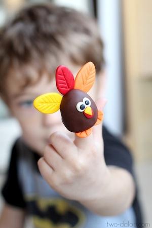 sculpey turkey finger puppet