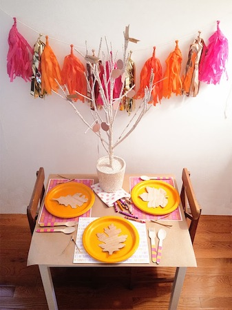 thanksgiving kids' table ideas and free printable