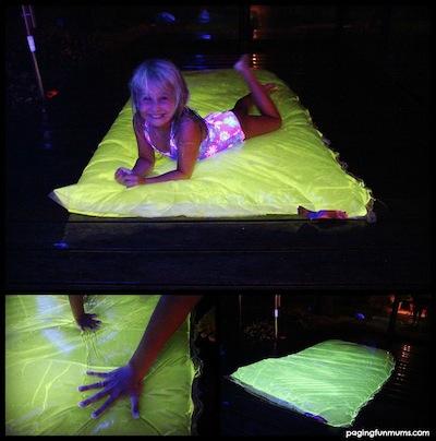 glowing water blob diy