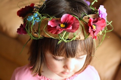 paper bag flower crown for pretend play