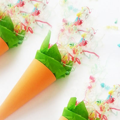 Easter carrot party poppers