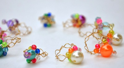 wire and bead rings to make for kids or crafts