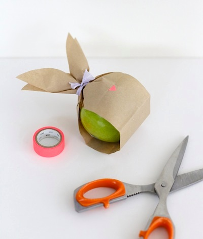 paper bunny fruit bags Easter DIY