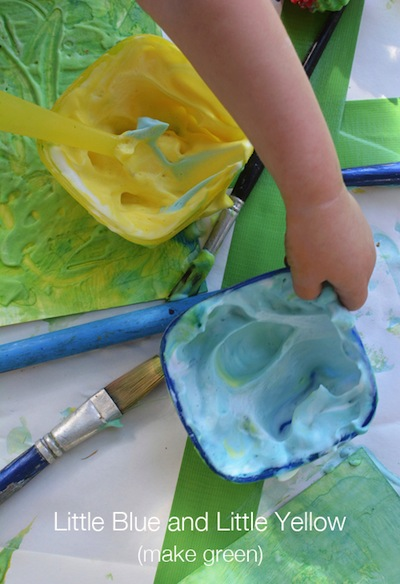 mixing paint with toddlers Little Blue and Little Yellow book