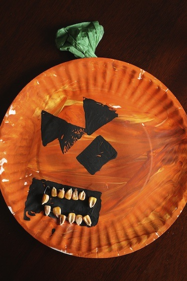 paper plate pumpkin craft for preschoolers Halloween craft