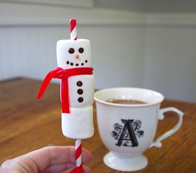 marshmallow snowman straw