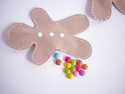 Lait Fraise paper gingerbread treat holders