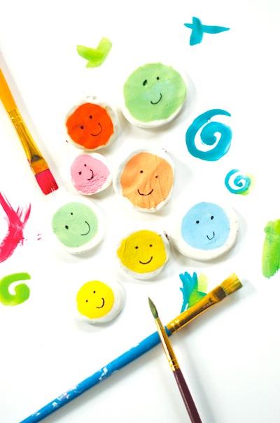 clay happy face pins craft DIY