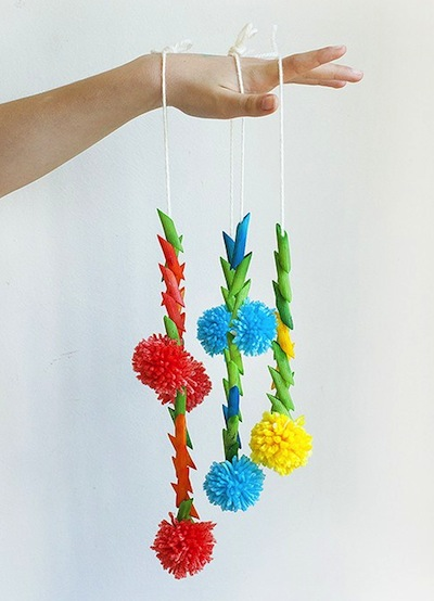 macaroni and pompom necklace craft